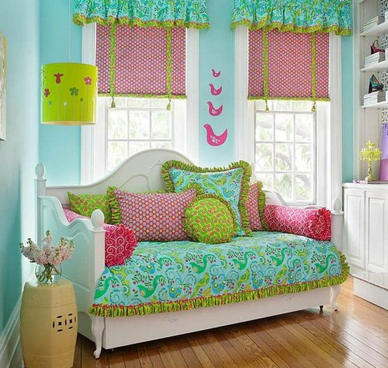 Rengarenk Odalar!