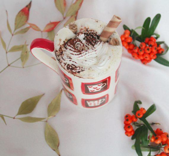 Sıcak Beyaz Çikolata Nasıl Yapılır? {video}